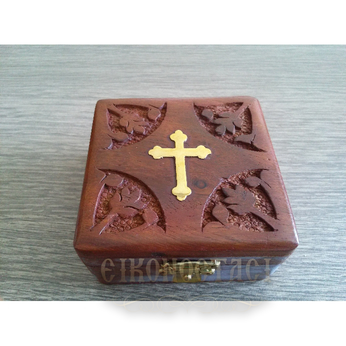 WOODEN STORAGE BOX WITH DECORATIVE CROSS (297)